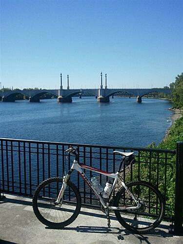 Connecticut Riverwalk and Bikeway