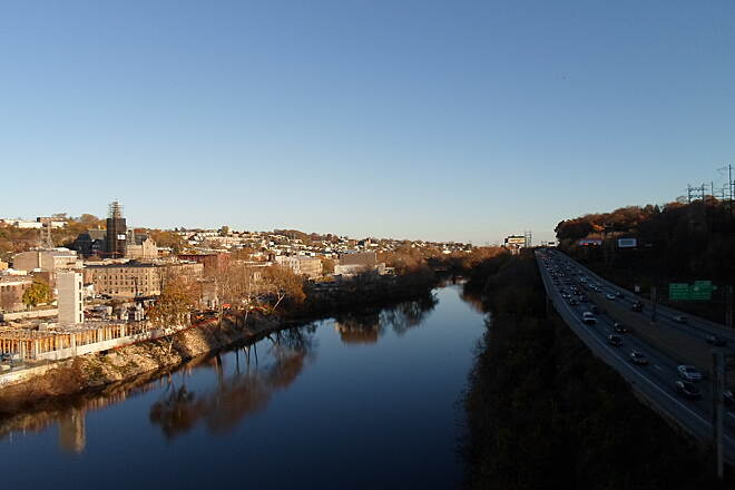 Cynwyd Heritage Trail Cynwyd Heritage Trail Looking southeast down the Schuylkill River, with the Schuylkill Expressway to the right and Manayunk to the left. Taken Nov. 2015.
