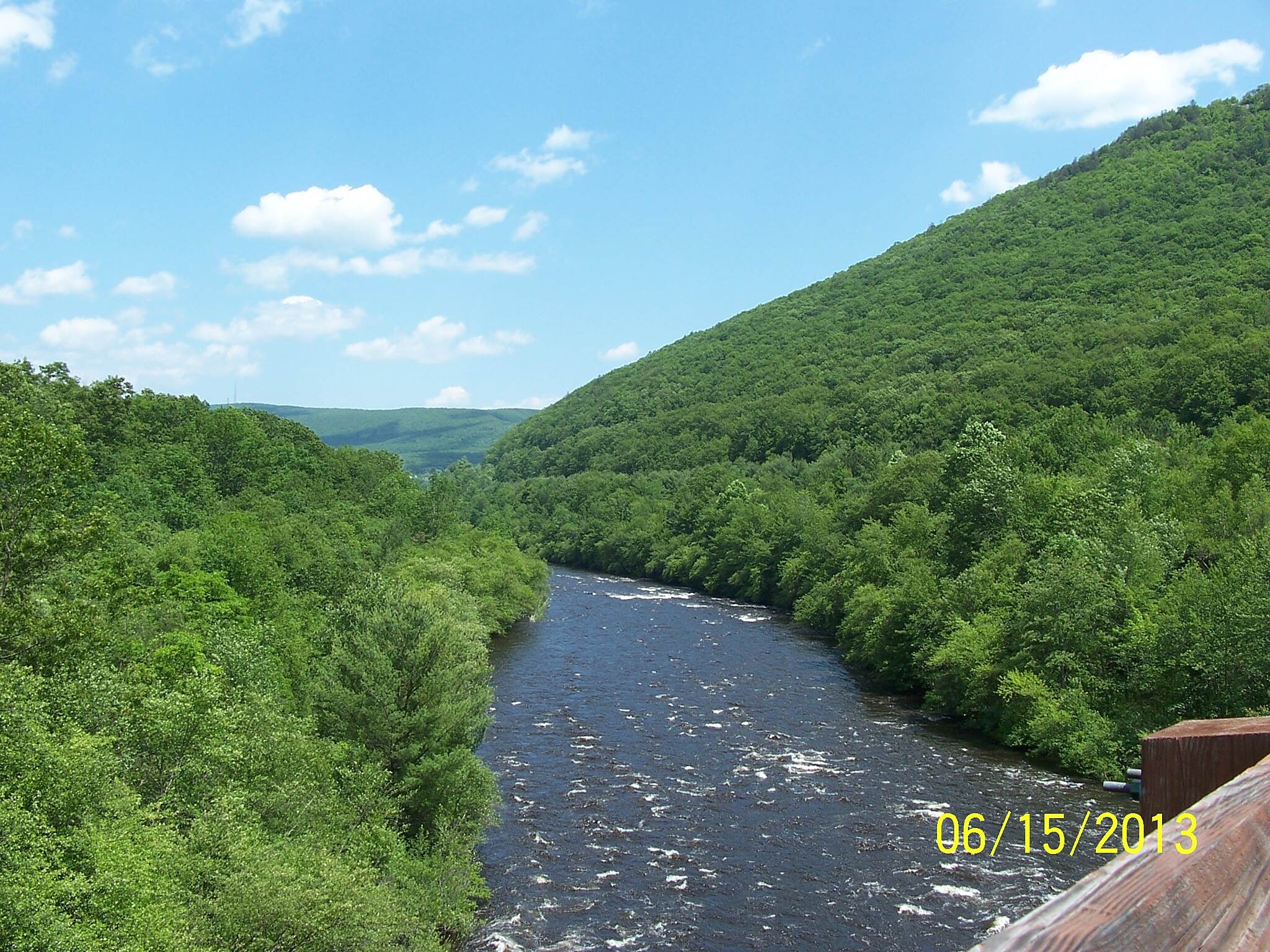 D & L Trail - Lehigh Gorge State Park Trail Lehigh River near Jim Thorpe This is the view of the Lehigh River from the