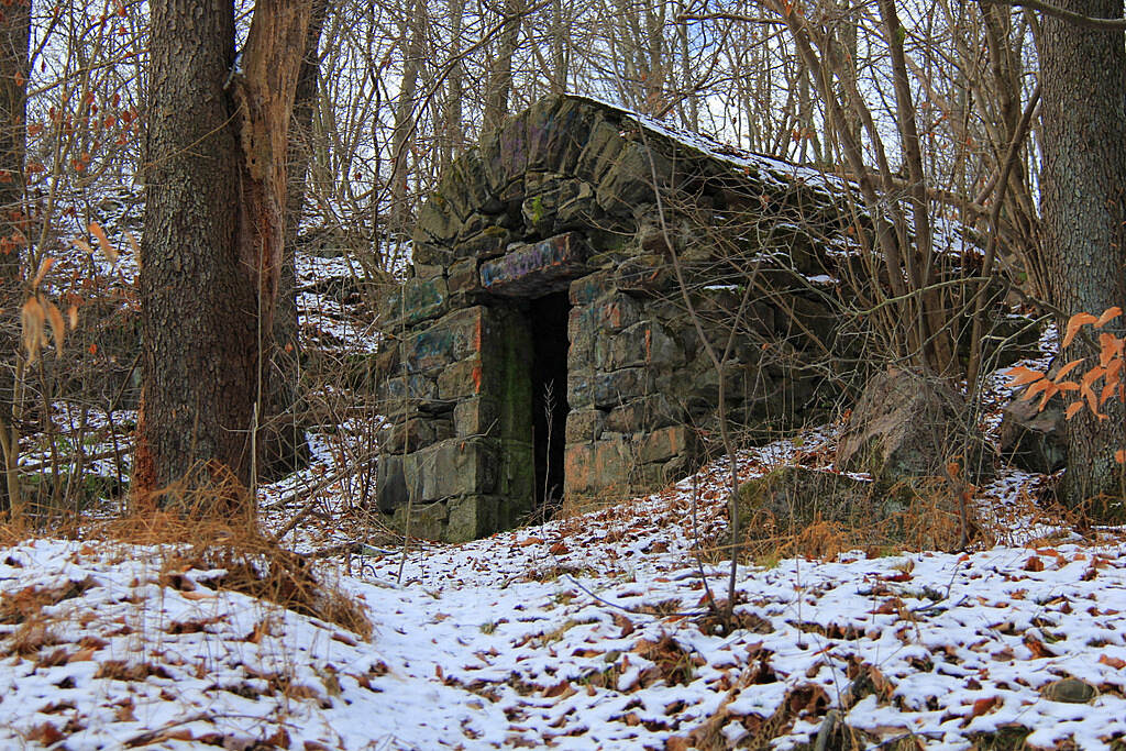 D & L Trail - Lehigh Gorge State Park Trail The Stone Hut Located near the trail head in White Haven at Lock 29.