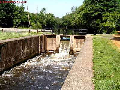 Delaware and Raritan Canal State Park Trail South Bound Brook Lock