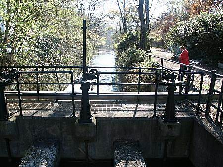 Delaware and Raritan Canal State Park Trail Fireman's Eddy River Access A lock south of Lambertville.