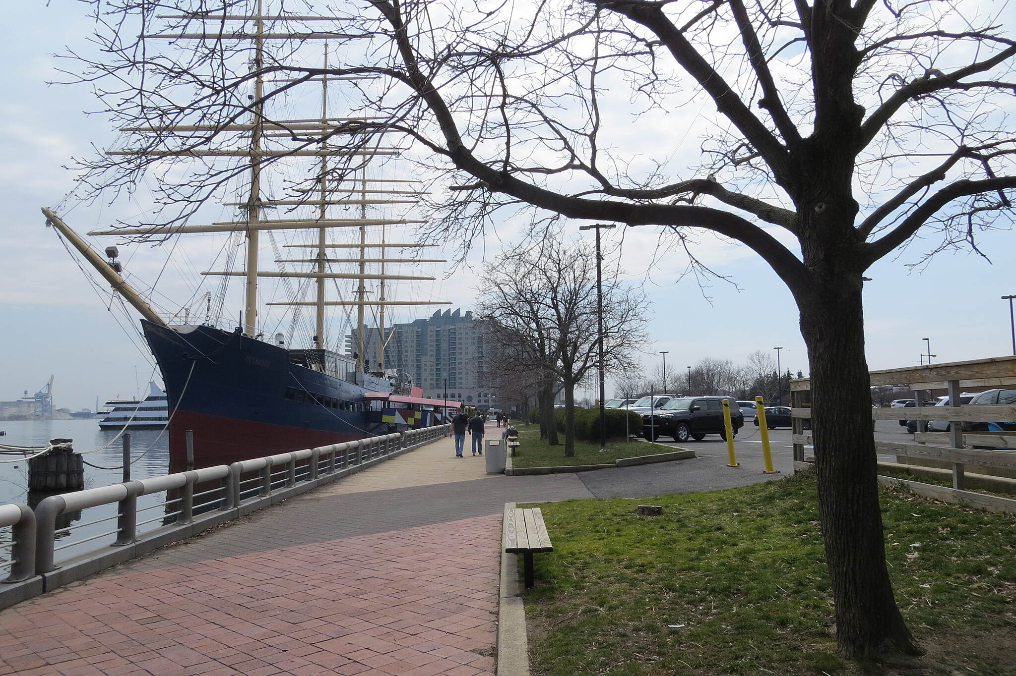 Delaware River Trail Cool pathway with ships docked right along side! This is the trail just south of Spruce Street Harbor Park.