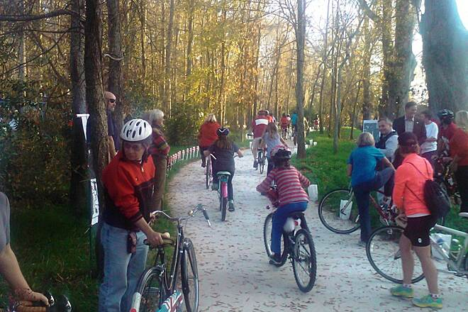 Eastside Trail (Covington) December 2012 Ribbon Cutting The ribbon is cut, and Covington's newest greenway trail is open!