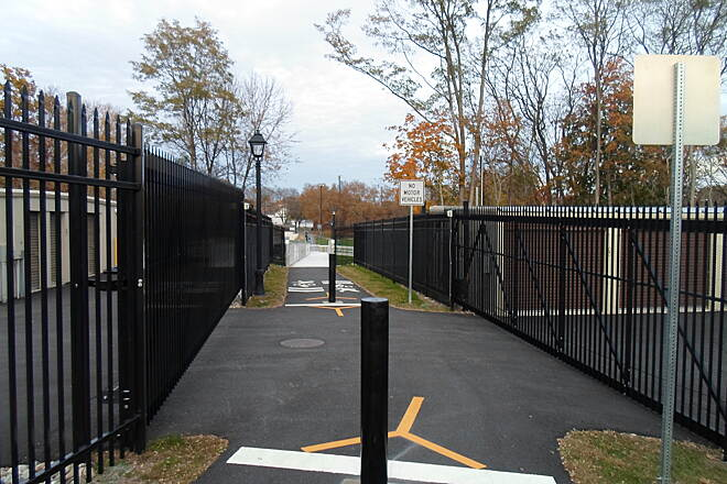 Elizabethtown Connector Trail Elizabethtown Connector Trail Passing between mini-storage facilities; be on the lookout for trucks or people crossing the trail at this point.