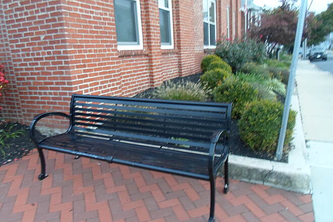 Elizabethtown Connector Trail Elizabethtown Connector Trail Quaint, metal bench off the trail on the corner of Poplar Street and Rose Alley.