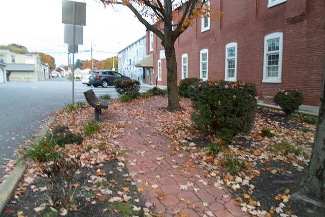 Elizabethtown Connector Trail Elizabethtown Connector Trail Although, as of late 2015, the trail does not yet extend pass Market Street, this pocket park on the east side of the street will be a great asset when it is extended next year.