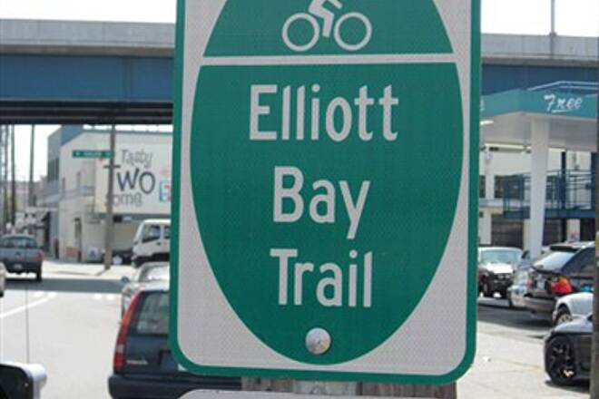 Elliott Bay Trail (Terminal 91 Bike Path) ELLIOTT BAY TRAIL First trail signs seen over on Elliott Way - at last.