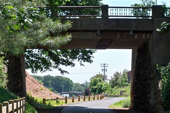 Farmington Canal Heritage Trail Two bridges in Hamden Mather St. in the foreground, Treadwell St. in the distance.