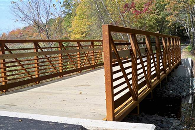 Farmington Canal Heritage Trail New Bridge The northernmost bridge on the trail in Conn., installed in fall 2009.