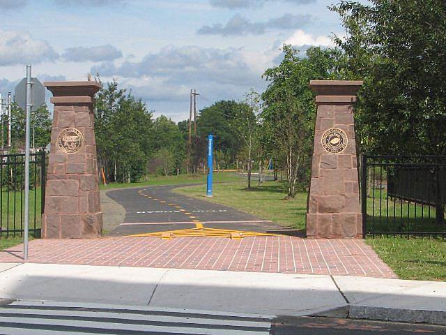Farmington Canal Heritage Trail Science Park Gate Gateway to the section of trail through Science Park in New Haven, opened in 2006.