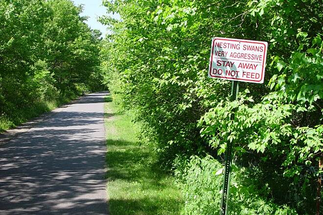 Farmington Canal Heritage Trail 05/30/2007 Sign warning of dangerous animals along the trail.