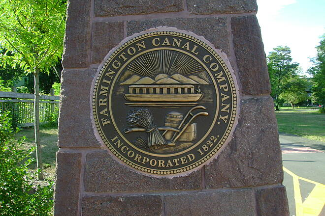 Farmington Canal Heritage Trail New Haven seal 1 New Haven's Farmington Canal Seal. (Side 1)