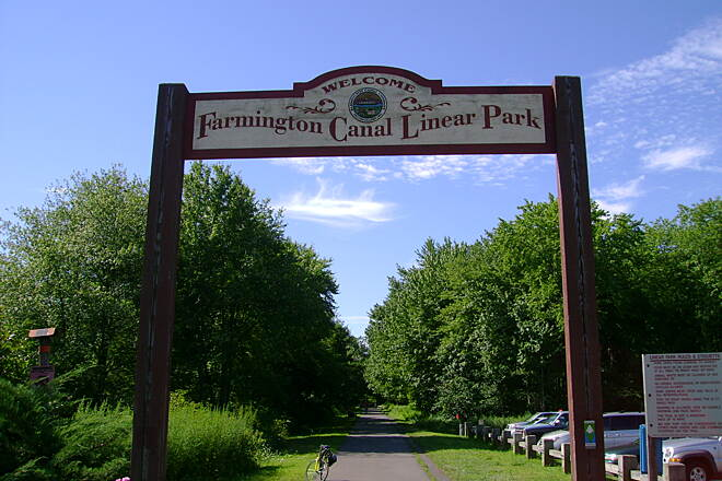 Farmington Canal Heritage Trail End of the Cheshire trail