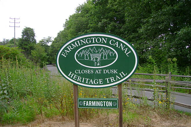 Farmington Canal Heritage Trail Beginning of Farmington trail Farmington's Farmington Canal seal