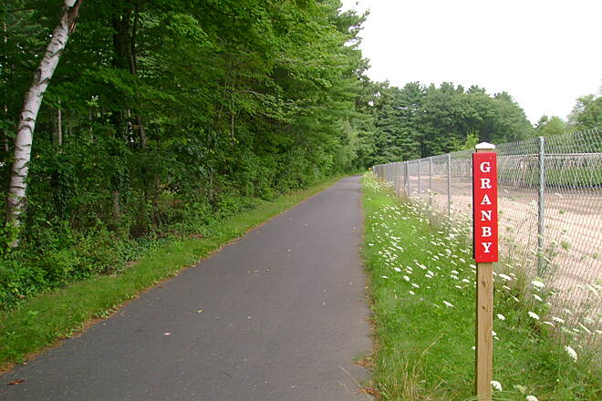Farmington Canal Heritage Trail East Granby-Granby border