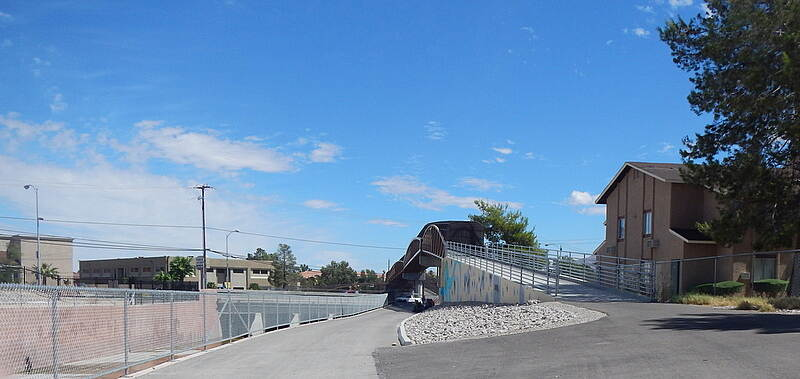 Flamingo Arroyo Trail Crossing Flamingo Arroyo The Bridge over Arroyo.  26 Aug 2014 Noel Keller