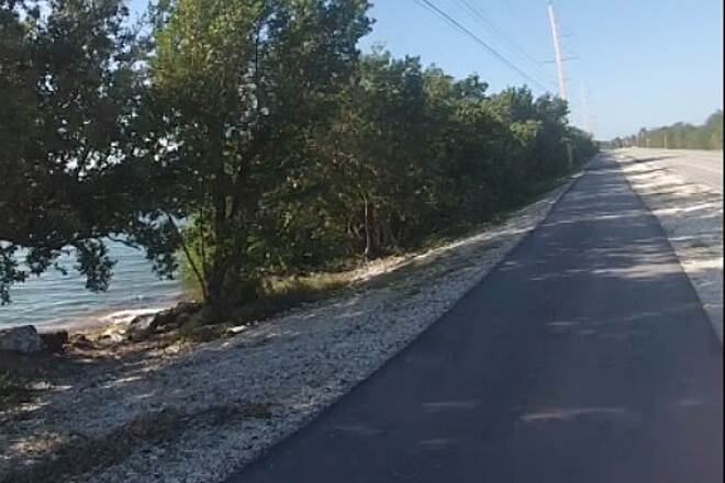 Florida Keys Overseas Heritage Trail Overseas Trail - Islamadora Left side of US-1 on relatively new bike trail