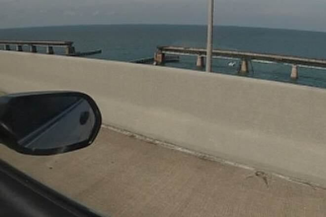 Florida Keys Overseas Heritage Trail 7 mile bridge No access over old bridge, so one must ride on shoulder for 7 miles next to 55 mph traffic.