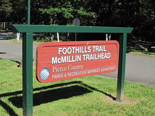 Foothills Trail THE FOOTHILLS TRAIL McMillian Trailhead