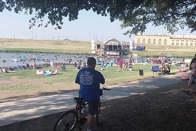 Fort Worth Branch (Trinity River Trails) Trinity Trails uptown Free Summer Concerts and Tubing