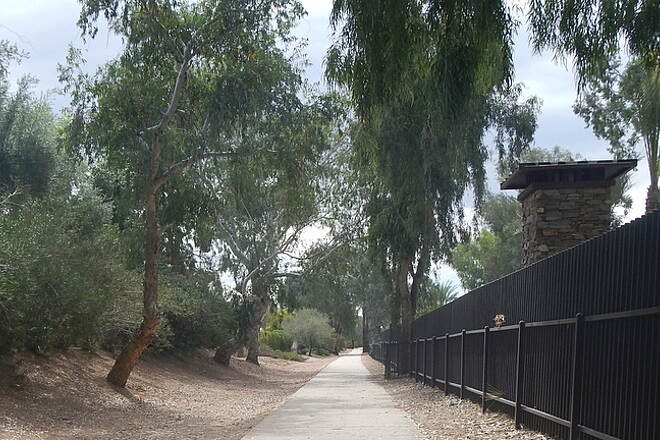 Gainey Ranch Road Trail Quiet Cool Trail Fence hides E Gainey Ranch Rd  12 Mar 15 Noel Keller