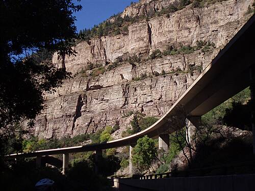 Glenwood Canyon Recreation Trail Progress integrated with nature Progress integrated with nature