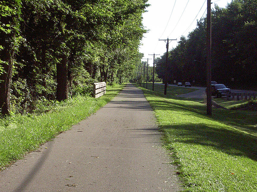 Great Miami River Trail Miamisburg July 2015 Northbound toward West Carrollton along N Main St/S Dixie Ave