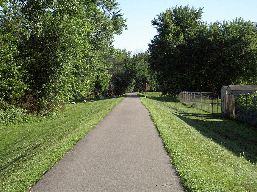 Great Miami River Trail Miamisburg July 2015 Northbound on floodwall just North of Downtown Miamisburg