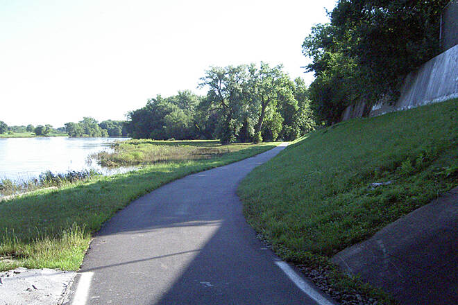 Great Miami River Trail Miamisburg July 2015 Northbound under OH 725/Sycamore St