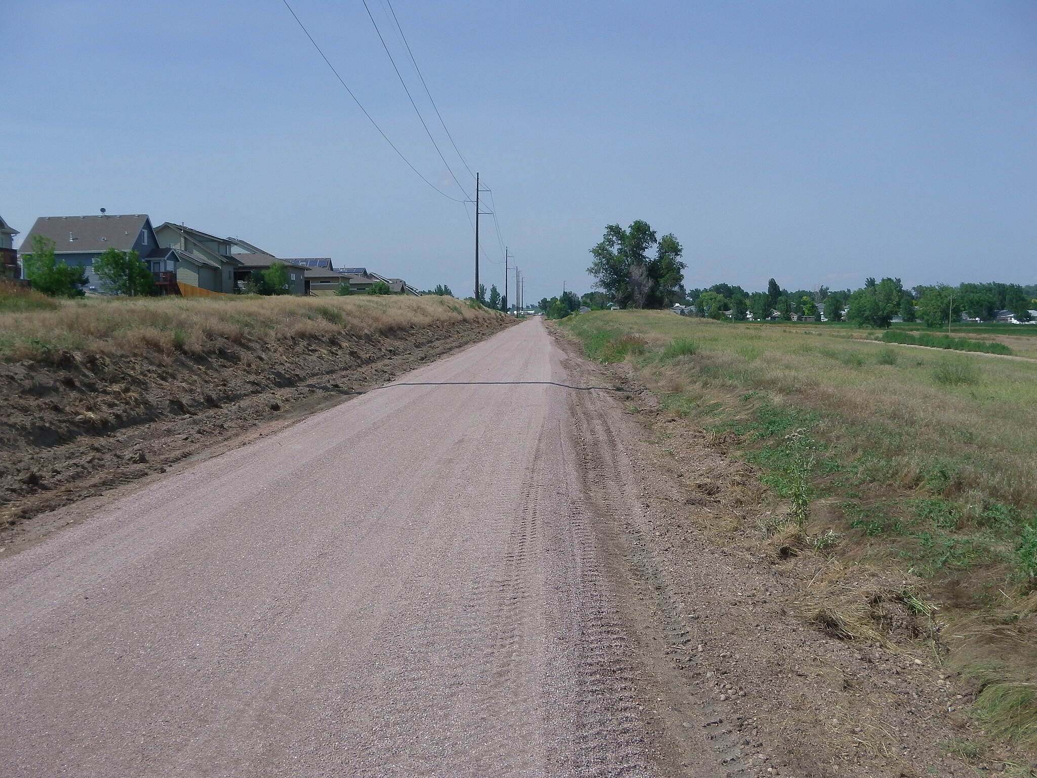 Great Western Trail (CO) Near Severance, CO The Great Western Trail, which passes through residential subdivisions and irrigated farmland,currently has 4.4 miles completed from Windsor to Severance. Construction of the remaining 7 miles to Eaton is in the planning stage.