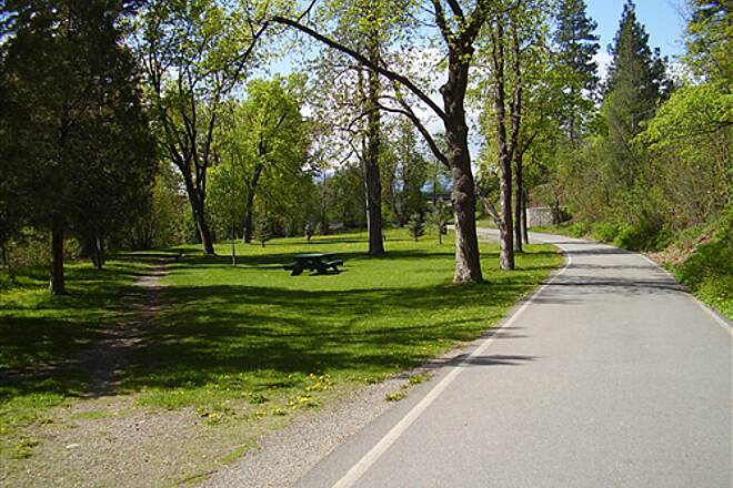 Greenough Park Trail Greenough Park 3 In addition to a paved trail, several trails take you through the trees.