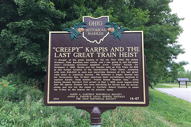 Headwaters Trail Historical Marker - Garrettsville Last Great Train Heist
