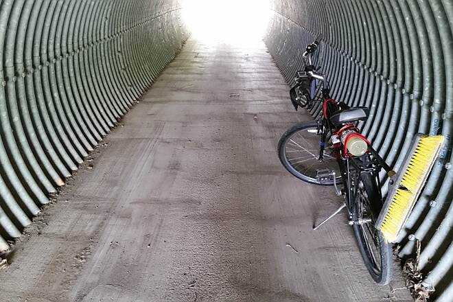 Hennepin Canal Parkway Tubes Be careful through the tunnels/tubes. Often people put large rocks and other things in there to try to cause bikers to wipe out. June of 2015 I cleaned many of these out on the Feeder Canal but don't know how long they will stay cleared out.