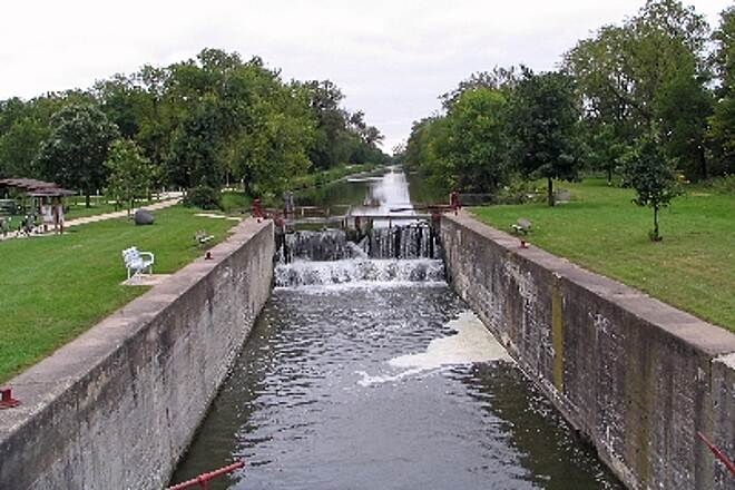 Hennepin Canal Parkway Restored lock