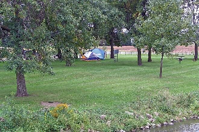 Hennepin Canal Parkway Parkway campground Campground at lock #22 mid September.