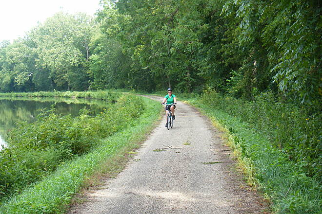 Hennepin Canal Parkway Hannepin Canal Trail