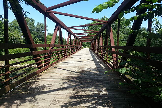 Hennepin Canal Parkway Green River Bridge The Green River Bridge is a hidden gem on this trail.