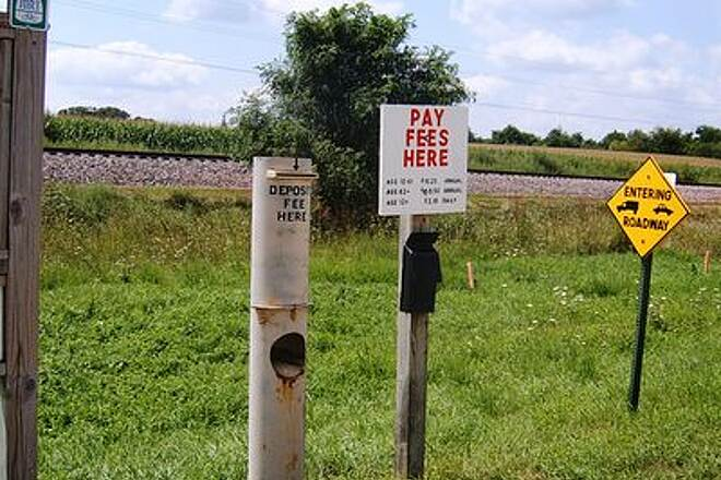 Heritage Trail (IA) Pay Station Daily fee $2.10   Aug 06