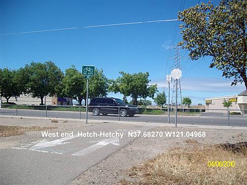 Hetch Hetchy Trail West End/Start Hetch - Hetchy Trail ends at Sisk Rd.  Turn Right for Parking