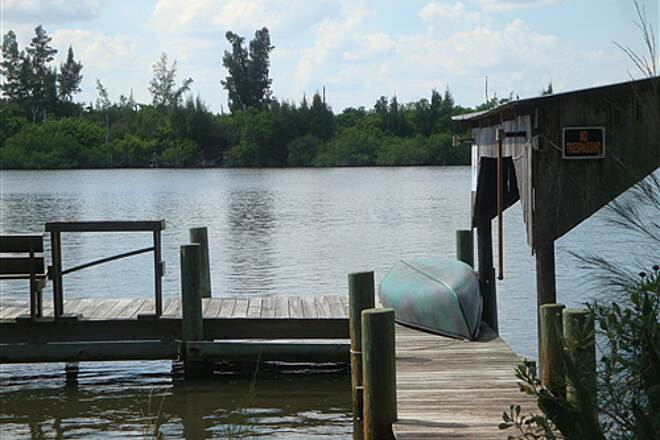 Historic Jungle TrailIndian River from Jungle TrailCanoe on Dock