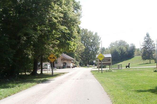 Holmes County Trail Coming into Millersburg Coming into Millersburg