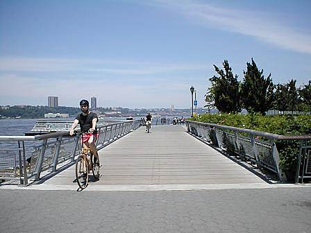 Hudson River Greenway Hudson River Greenway In the vicinity of Trump Park.