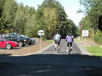 Hudson Valley Rail Trail Commercial Ave. the new parking lot and paved trail at Commercial Ave. in the village of Highland