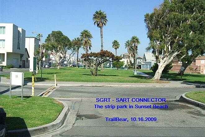 Huntington Beach Bicycle Trail SGRT - SART CONNECTOR ROUTE This park runs up to Surfside