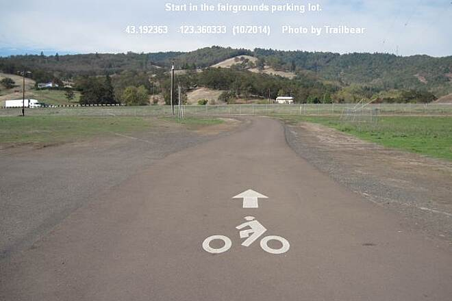 I-5 Trail ROSEBURG TO GREEN TRAIL Begin at the fairgrounds. Restrooms and camping here.