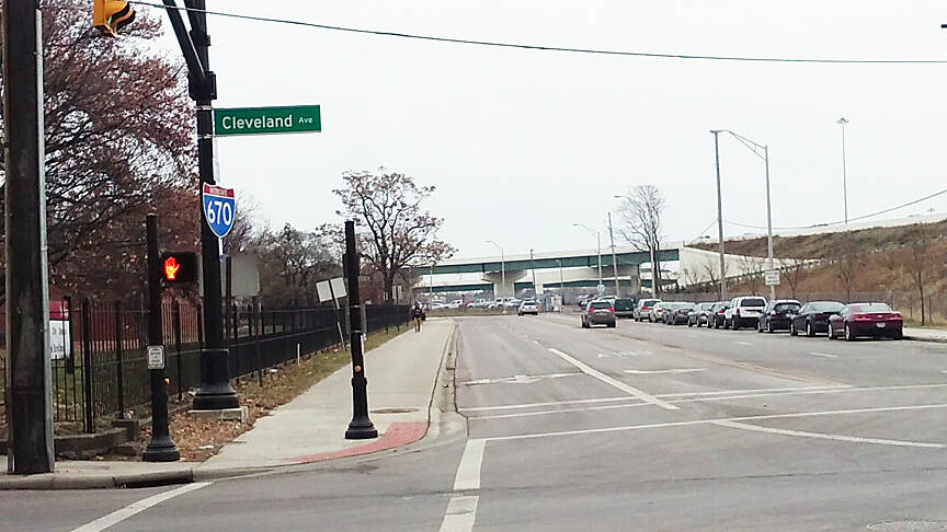 I-670 Downtown Connector Trail Eastbound Dec 2016 West end at Cleveland Ave and Jack Gibbs Blvd, trail is on a separate bike trail along Jack Gibbs Blvd