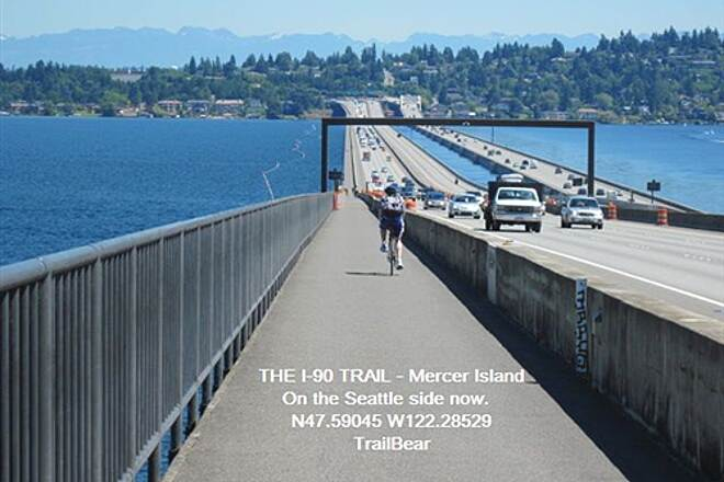I-90 Trail THE I-90 TRAIL - Mercer Island Mercer Island and the Cascades behind you