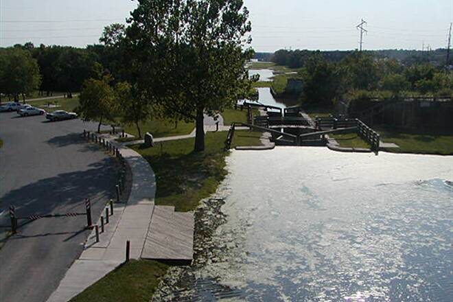 Illinois & Michigan Canal State Trail I&M Canal Path Park & recreation area at LaSalle, Illinois and Lock 14