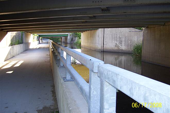 Illinois & Michigan Canal State Trail  Nice underpass